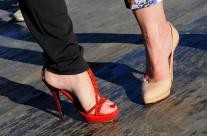 """Ma quali rose rosse, ma quali bouquet di mammole?! Date retta a me: mazzi di scarpe. Questo è il desiderio inconfessabile di ogni donna""""."""""""